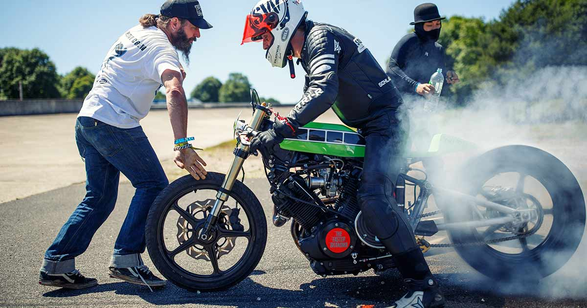 The Never-Ending Story: Building a Yamaha TR1 drag bike