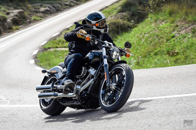 review the 2018 harley davidson softails bike exif. Black Bedroom Furniture Sets. Home Design Ideas