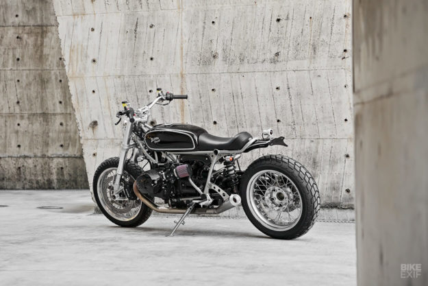 Custom BMW R nineT by 2LOUD