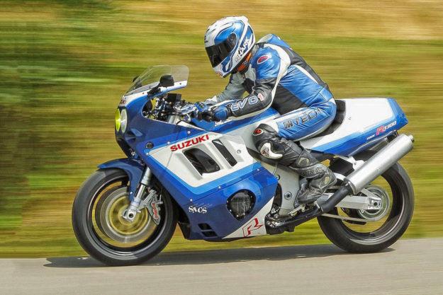 Suzuki Hayabusa restomod by Frank Dirla