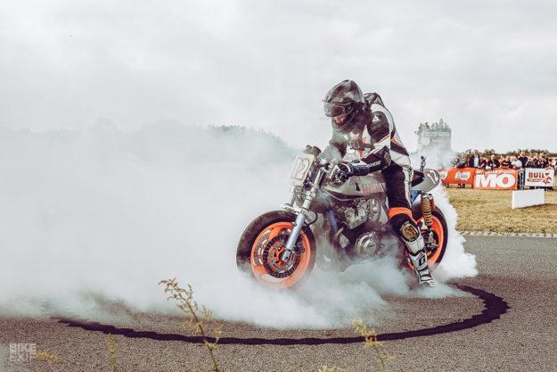 Wacky Racer: Banzai's Honda CB900F Bol d'Or