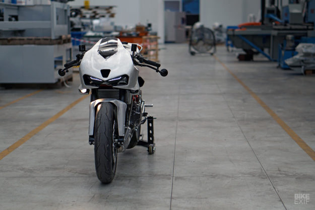 Simone Conti's Ducati SuperSport 1000 DS cafe fighter