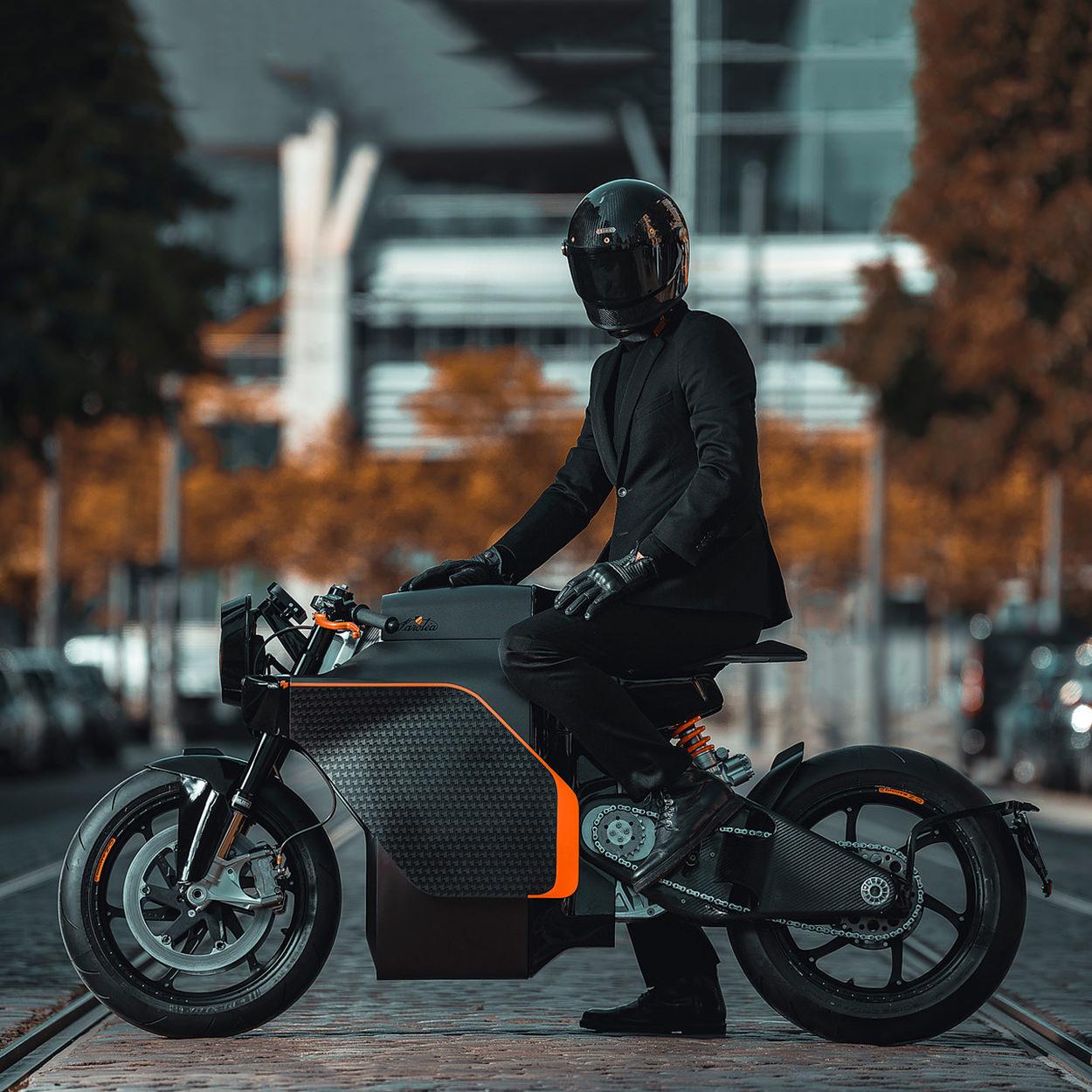Saroléa x Mighty Machines Manx7 electric motorcycle