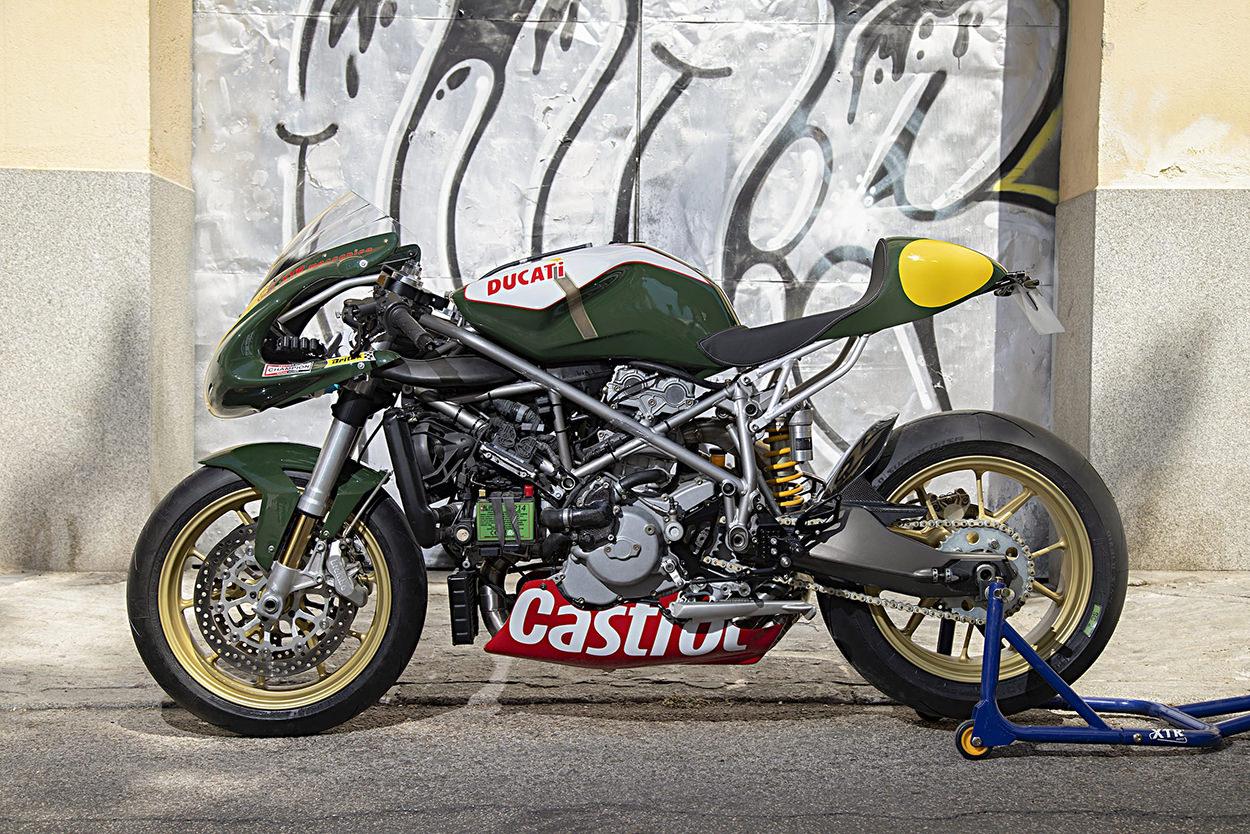 Custom Ducati 999 by XTR Pepo