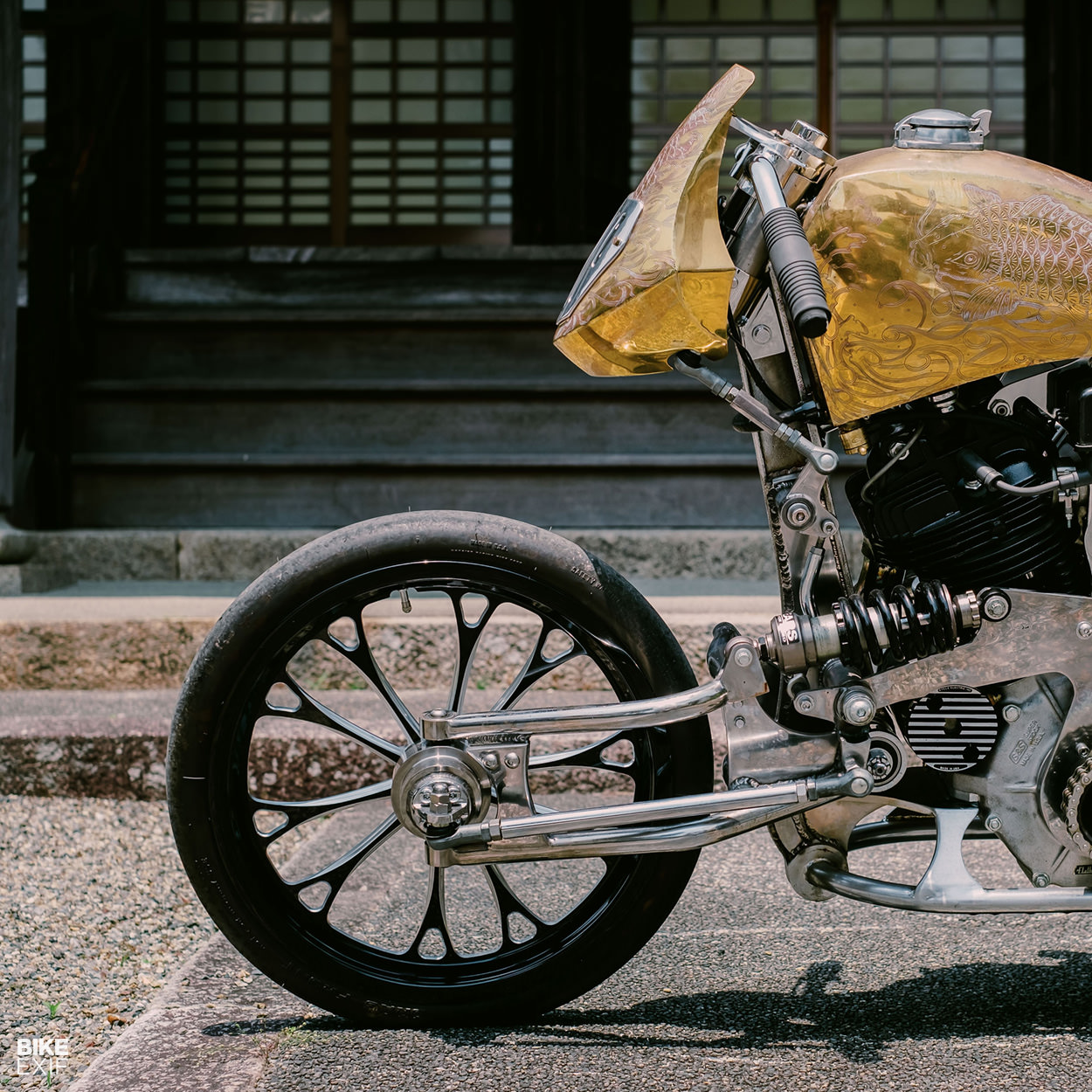 Harley knucklehead by CW Zon Japanese motorcycle workshop